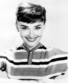 audrey-hepburn-stripeid-shirt